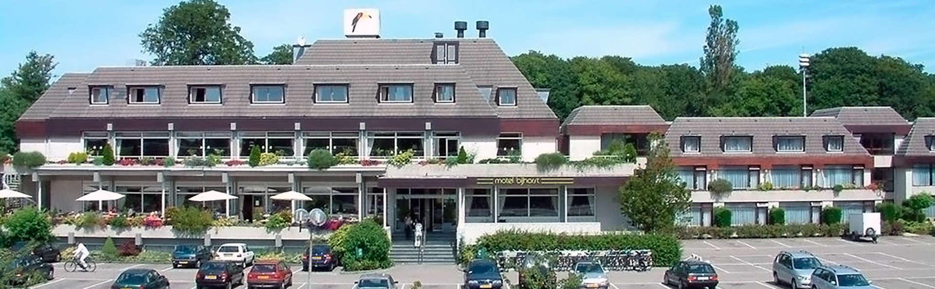 Hotel Van der Valk Den Haag Wassenaar - Edit_Front.jpg