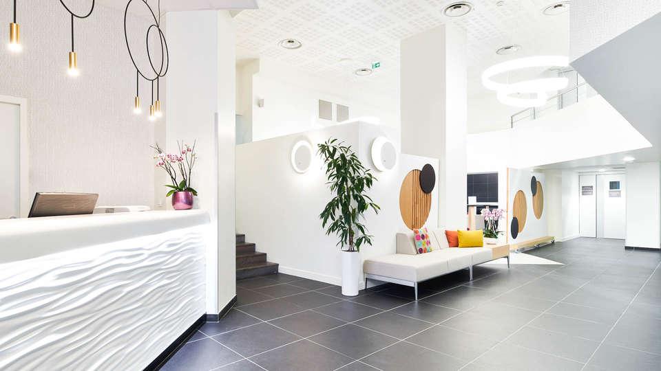 Hôtel le Bayonne - EDIT_N2_LOOBY-3.jpg