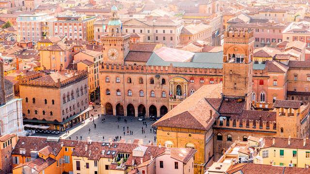 Recorre las calles históricas de Bolonia