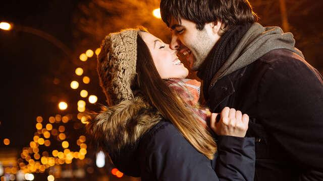 Especial San Valentín con Spa, Bañera Relajante de Aromaterapia, Masaje,Cena y Baile