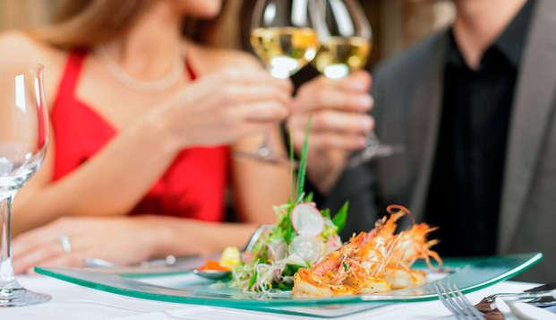 Alójate en el corazón de las Tablas de Daimiel y degusta una exquisita cena (desde 2 noches)