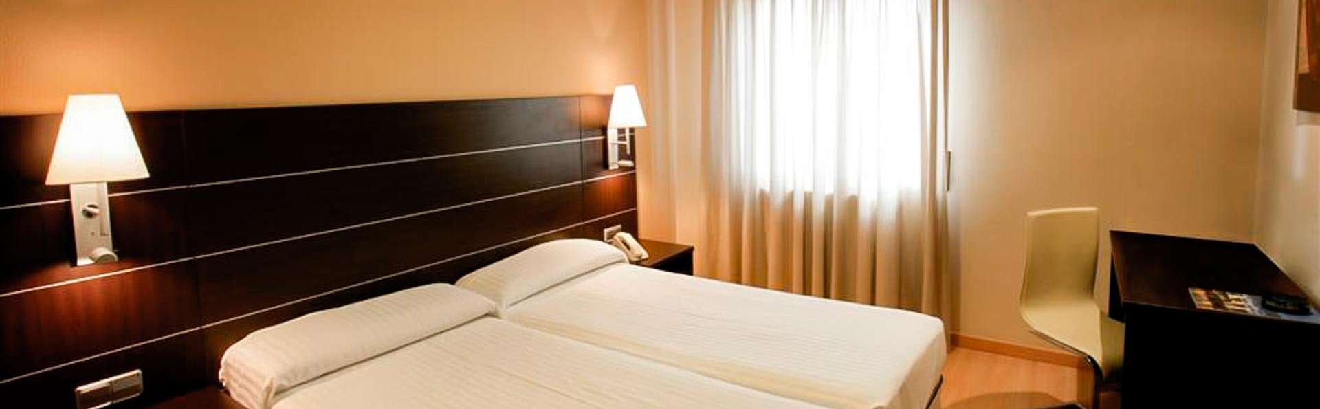 Hotel Las Ventas - EDIT_ROOM_01.jpg