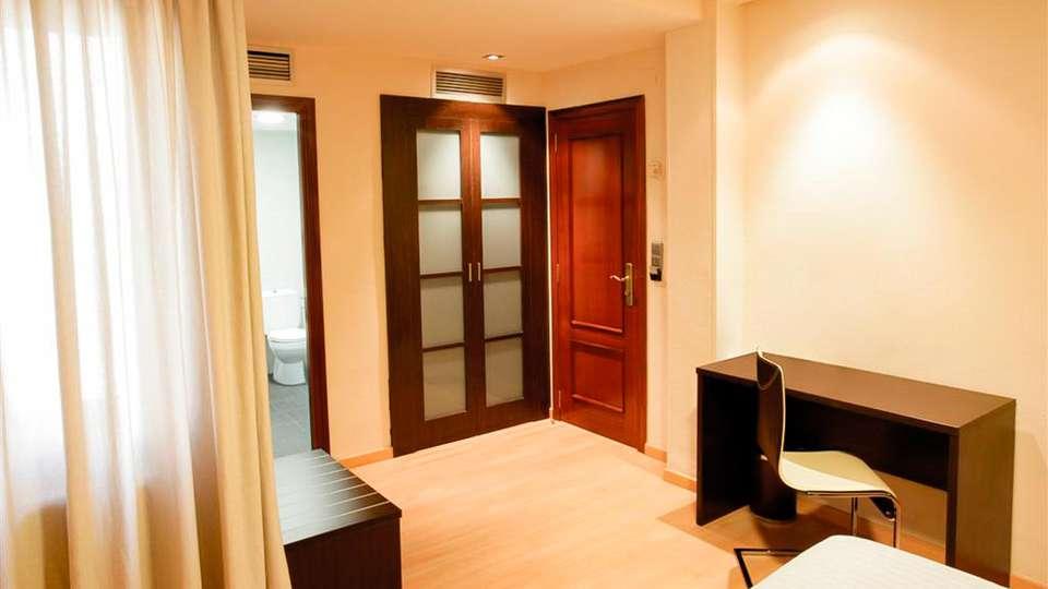 Hotel Las Ventas - EDIT_ROOM_05.jpg