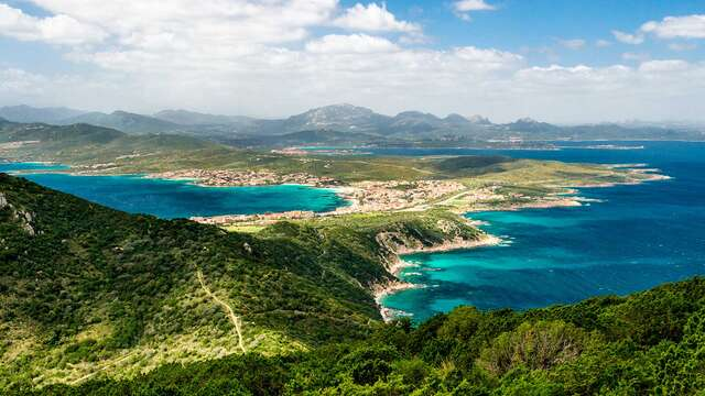 Brise iodée sur la côte de Sardaigne