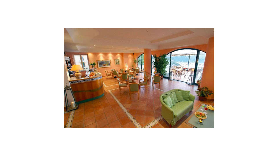 Best Western Hotel La Conchiglia - EDIT_LOBBY_01.jpg