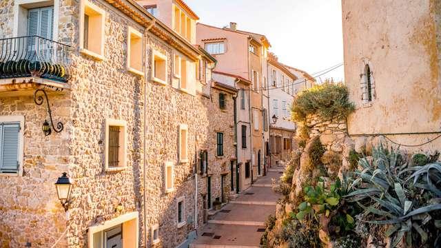 Escapade romantique sur la Côte d'Azur au cœur d'Antibes
