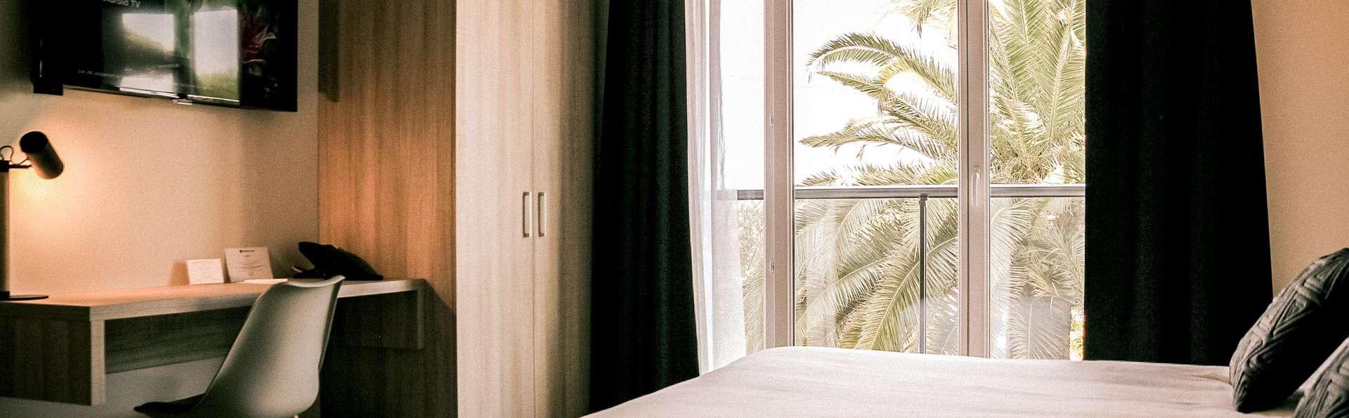 Escapade de charme en chambre Deluxe à Antibes