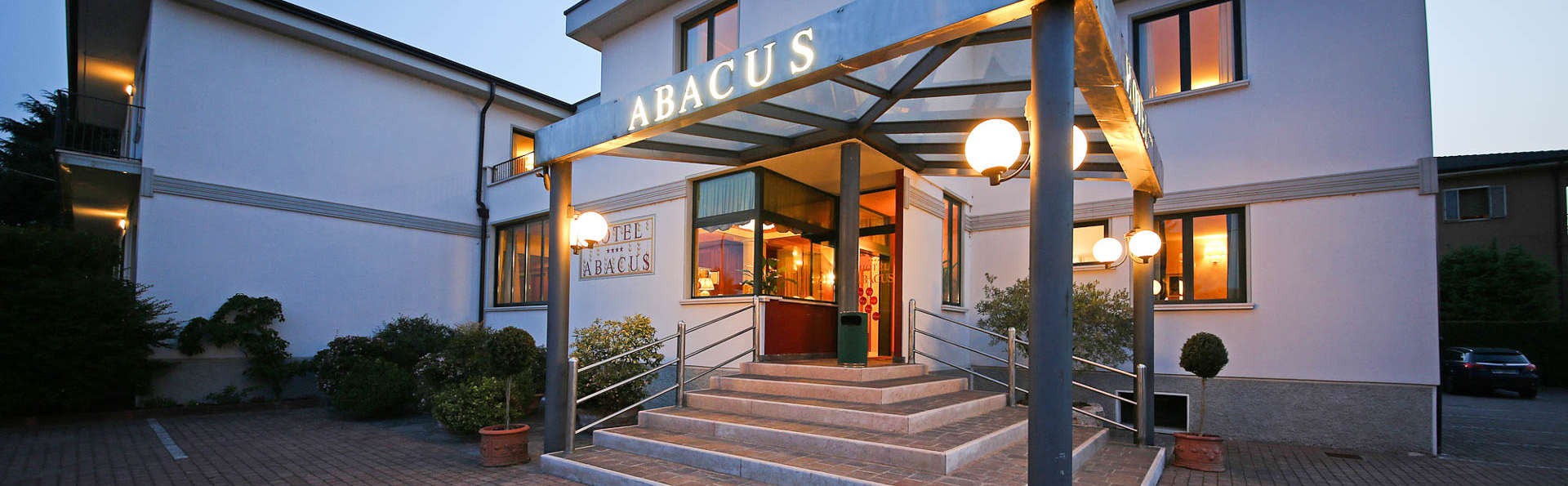 Hotel Abacus - EDIT_FRONT.jpg