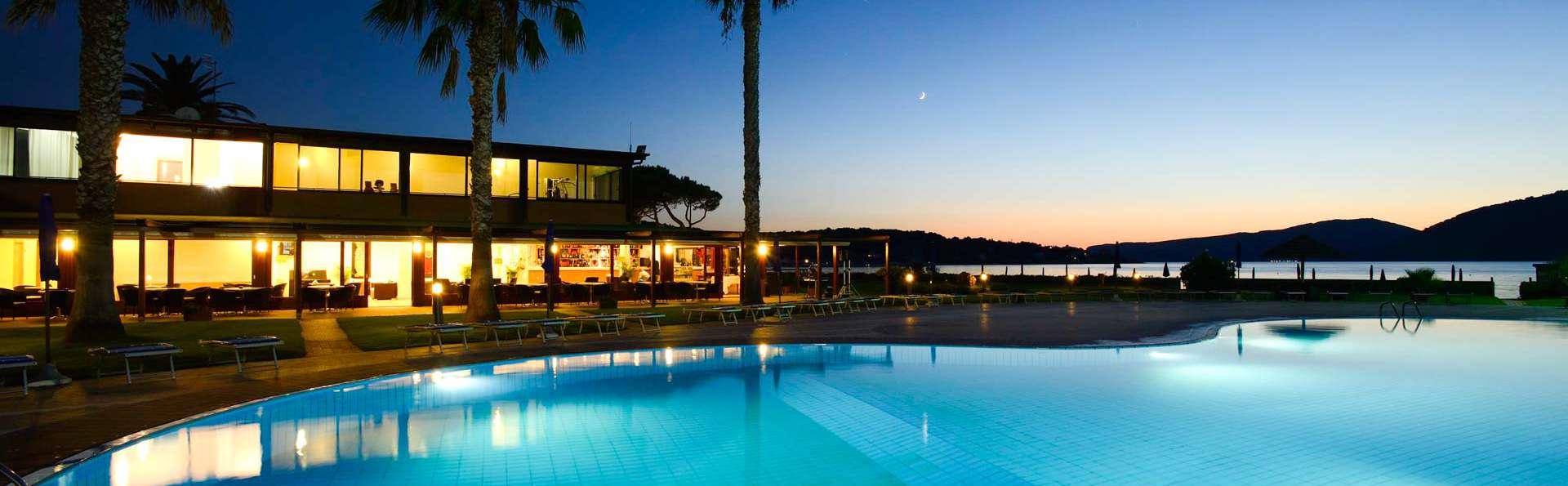 Hotel Corte Rosada (Adults Only) - Edit_POOL3.jpg