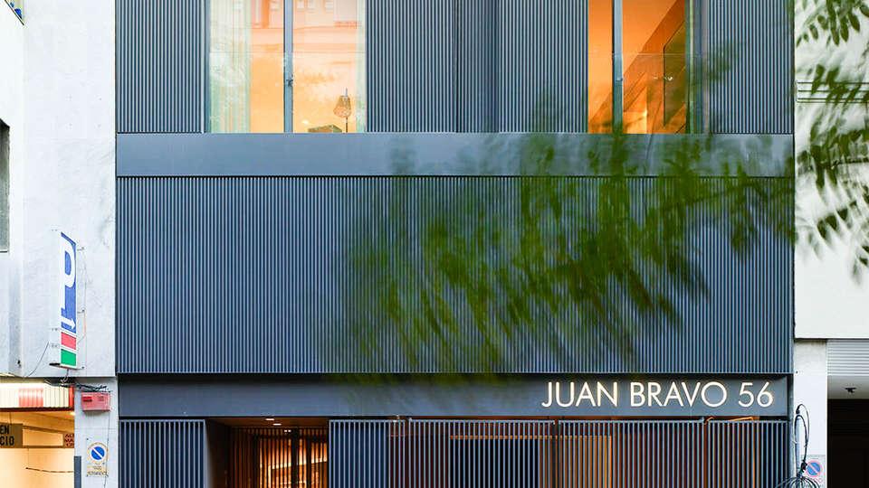 Hoom Madrid Apartamentos Juan Bravo 56 - EDIT_FRONT.jpg
