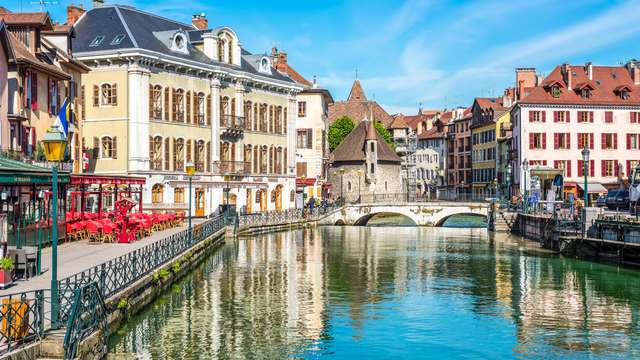 Flânez dans les ruelles historiques de Annecy