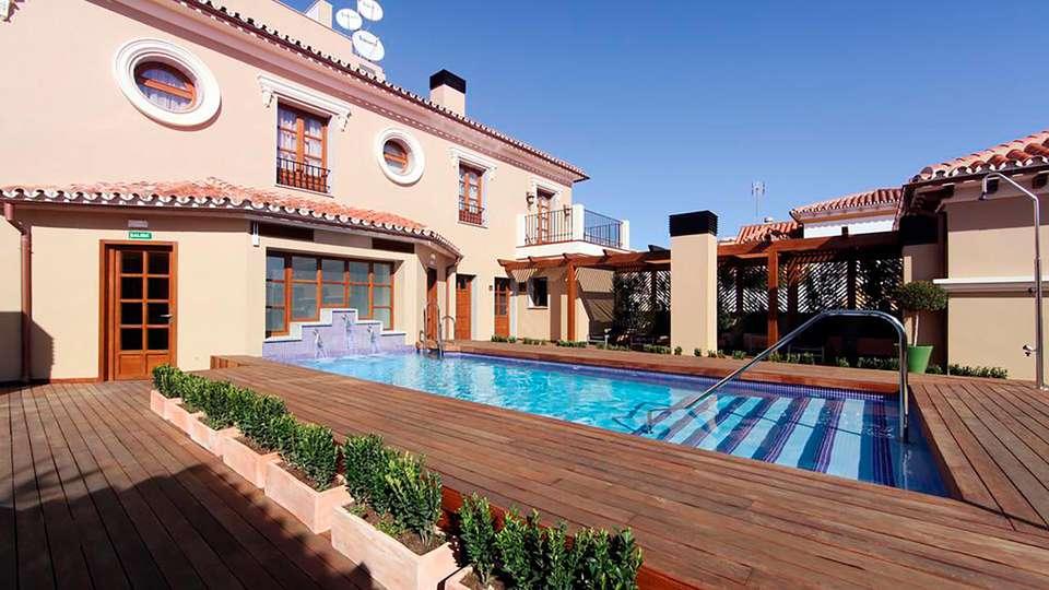 Hotel Casa Consistorial  - EDIT_POOL_03.jpg
