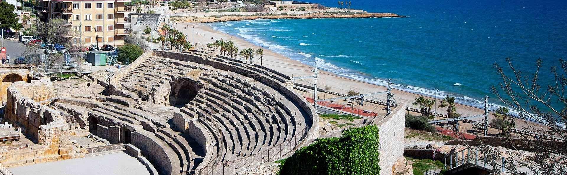 Descubre la maravillosa ciudad de Tarragona en un hotel cerca de la playa