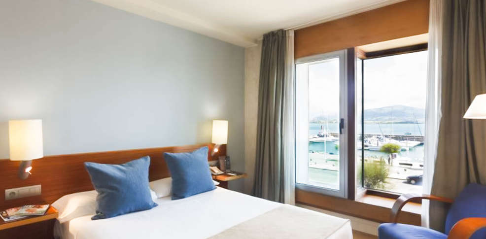 Hotel Vincci Puertochico 4