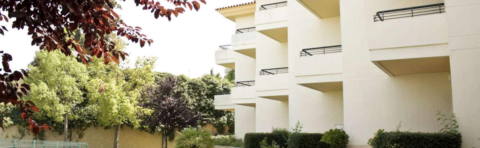 Hotel Apartamentos Simón Verde - EDIT_Front-3.jpg