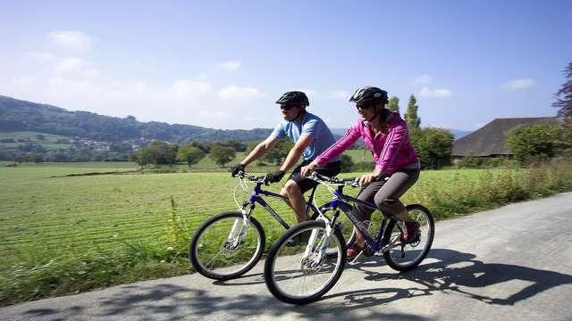 Dîner et escapade en vélo dans la campagne Lyonnaise