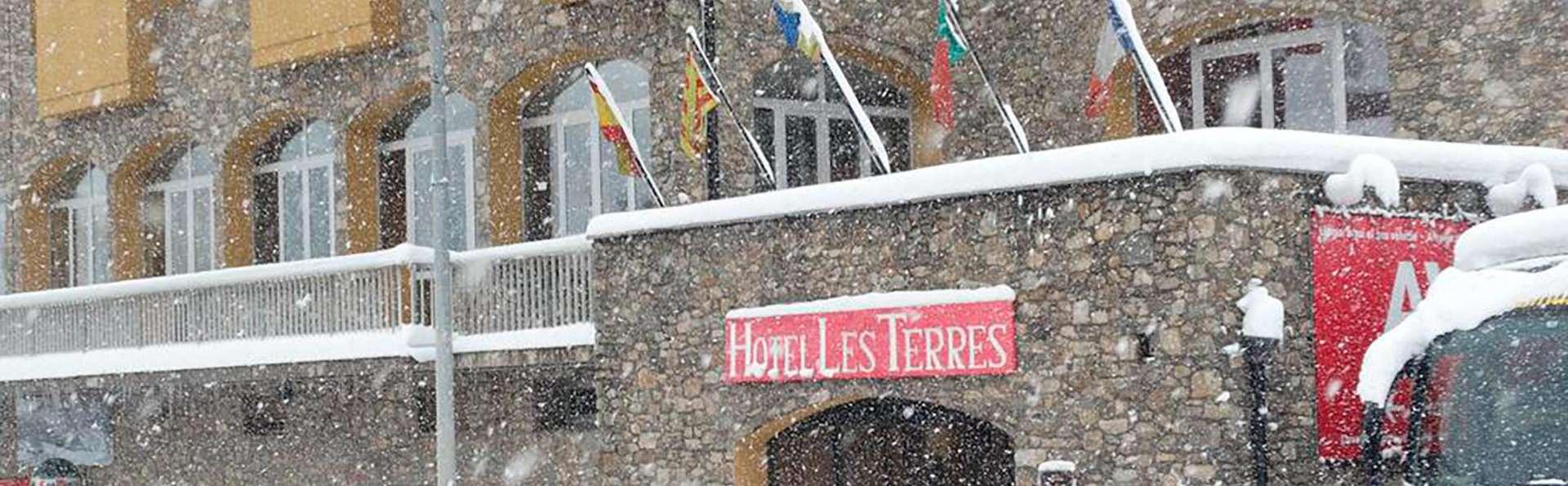 Hotel Les Terres - EDIT_FRONT_02.jpg