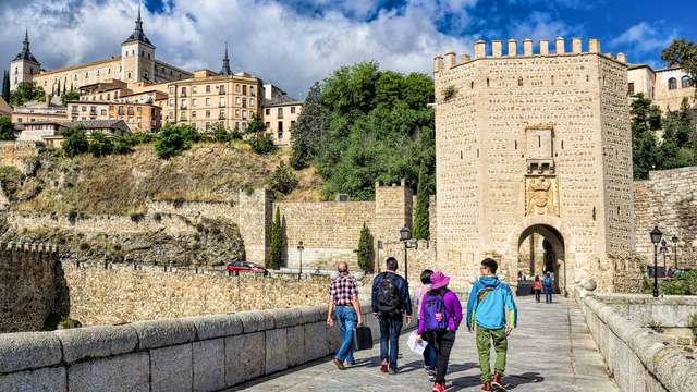 Recorre las calles históricas de Talavera de la Reina en un 4* con desayuno incluido