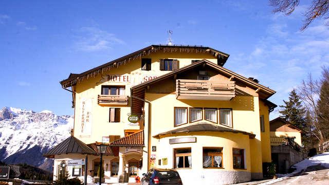 Nel verde delle Dolomiti in camera economy con drink di benvenuto!