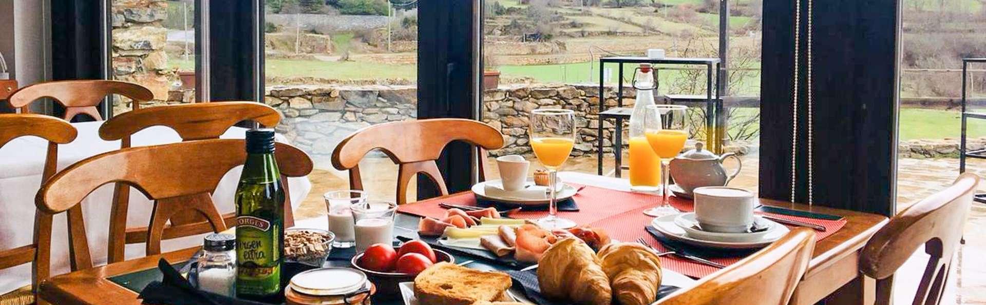 Respirez l'air pur de la montagne immergé dans une réserve naturelle à Lleida