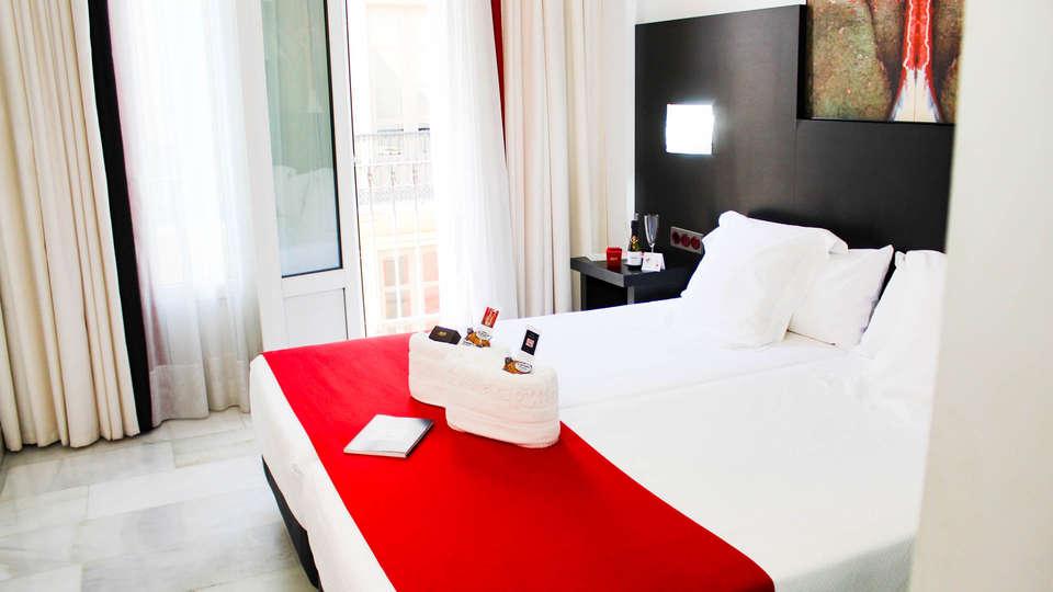 Hotel del Pintor - EDIT_NEW_ROOM2.jpg