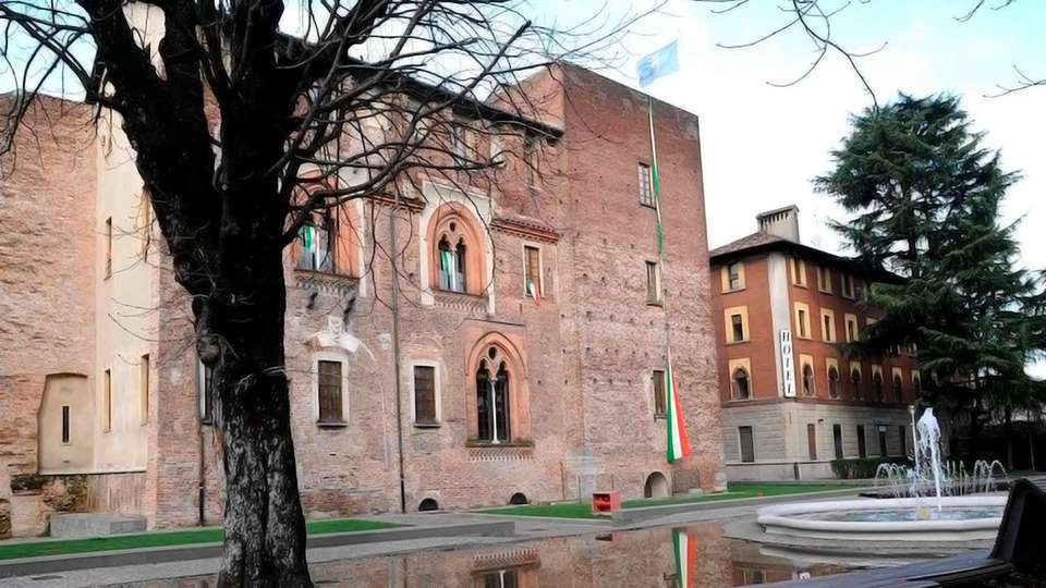 Nuovo Albergo Italia - Edit_View2.jpg