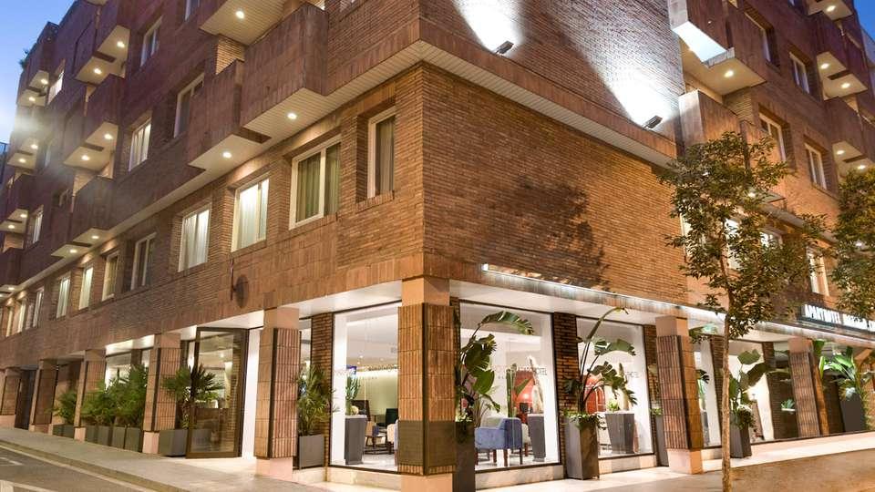 Aparthotel Mariano Cubi Barcelona - EDIT_NEW_FRONT_02.jpg