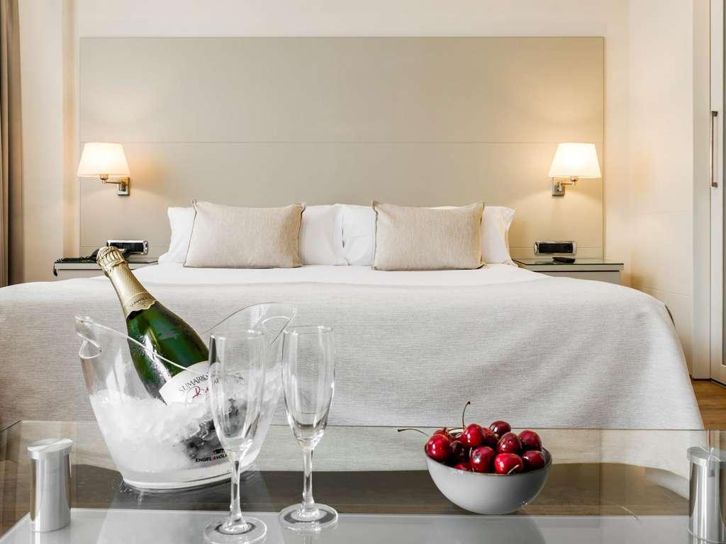 Séjour Barcelone - Découvrez les quartiers de Gràcia et Sant Gervasi dans une chambre double exclusive  - 4*