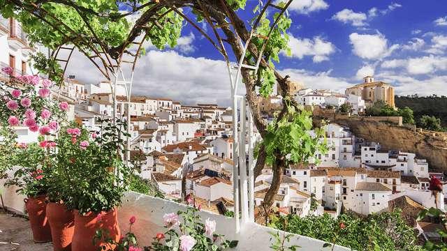 Plan con visita guiada, bombones y botella de cava a dos pasos de la playa, Cádiz