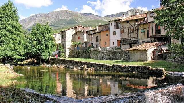 Escapada en el Valle del Ambroz con desayunos y recogida de cerezas (desde 2 noches)