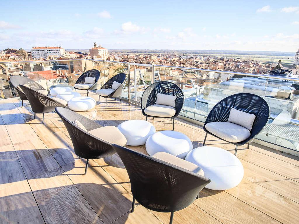 Séjour Bourgogne - Portez un toast avec vue panoramique sur Mâcon  - 4*