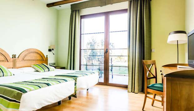 Especial Minivacaciones en junior suite con Media pensión y Spa (desde 3 noches)