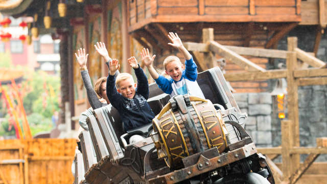 Avontuurlijk weekendje weg met toegang tot Phantasialand in Keulen