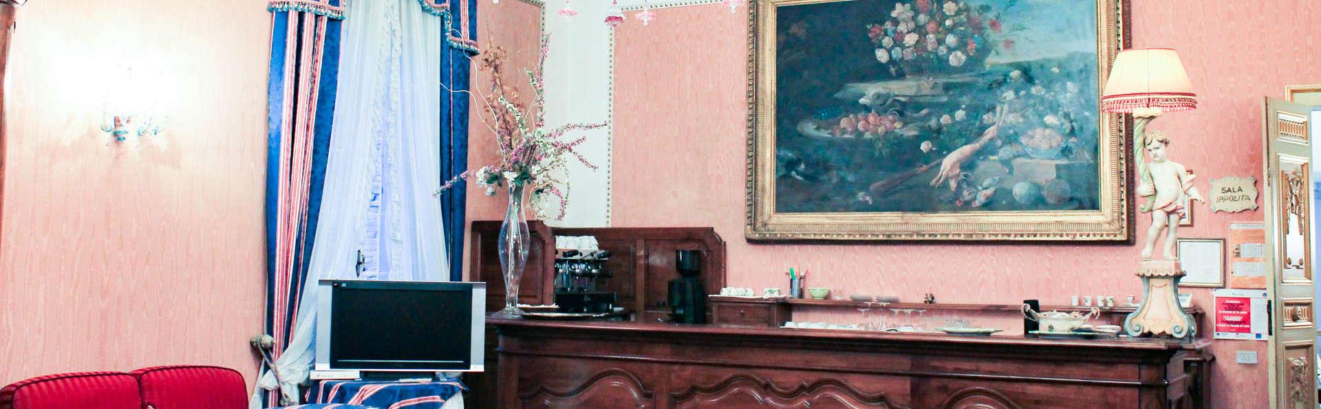 Hotel Duchessa Isabella - EDIT_LOOBY.jpg