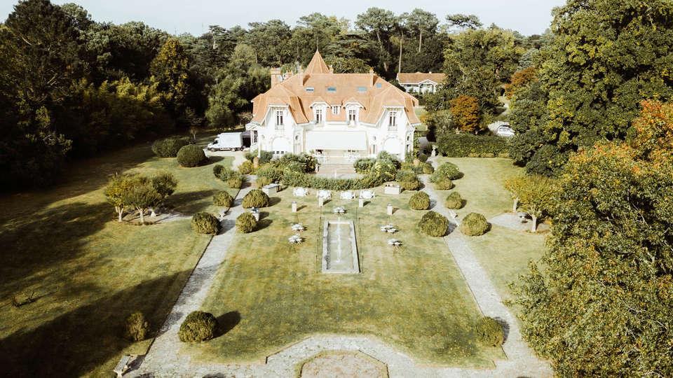 Hôtel Château du Clair de Lune - EDIT_NEW_VIEW.jpg