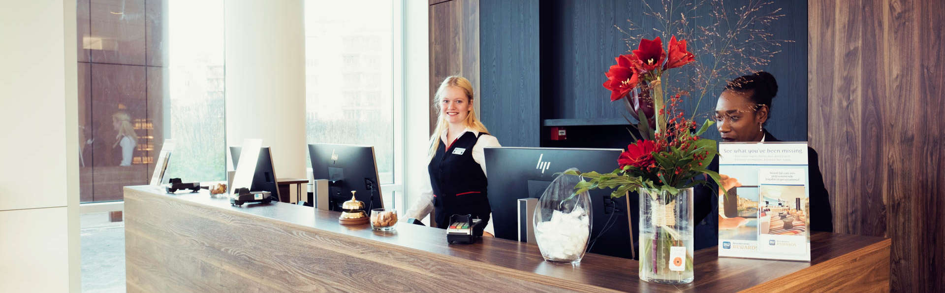 Best Western Plus Plaza Almere - EDIT_NEW_RECEPTION-3.jpg
