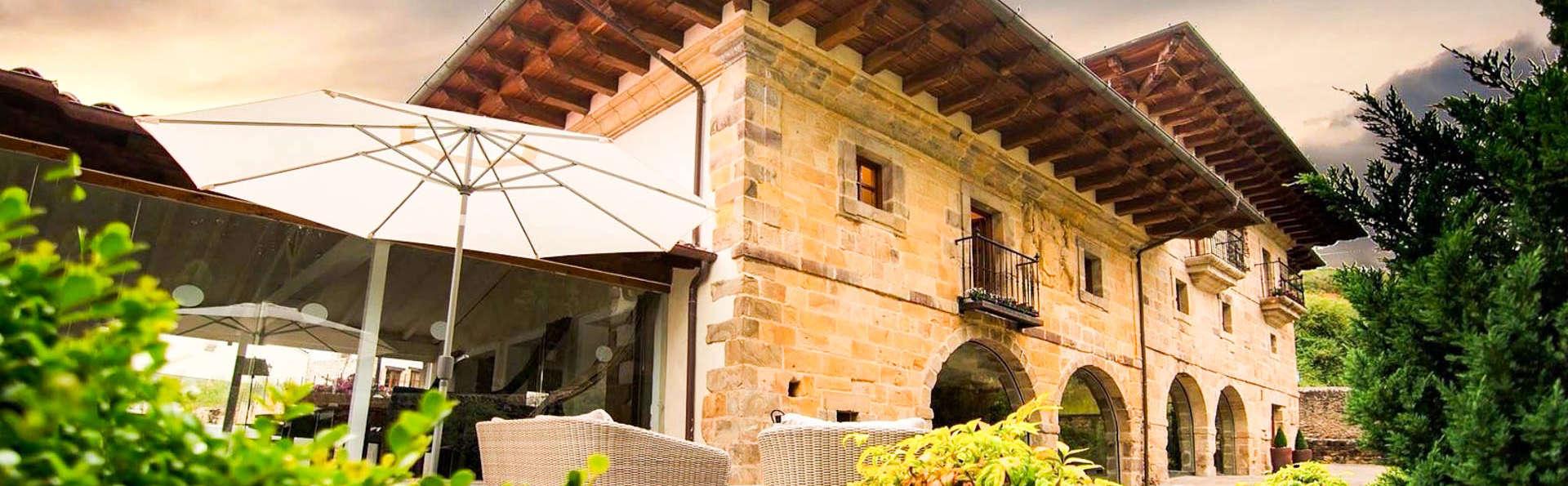Palacio de Arce - EDIT_FRONT2.jpg