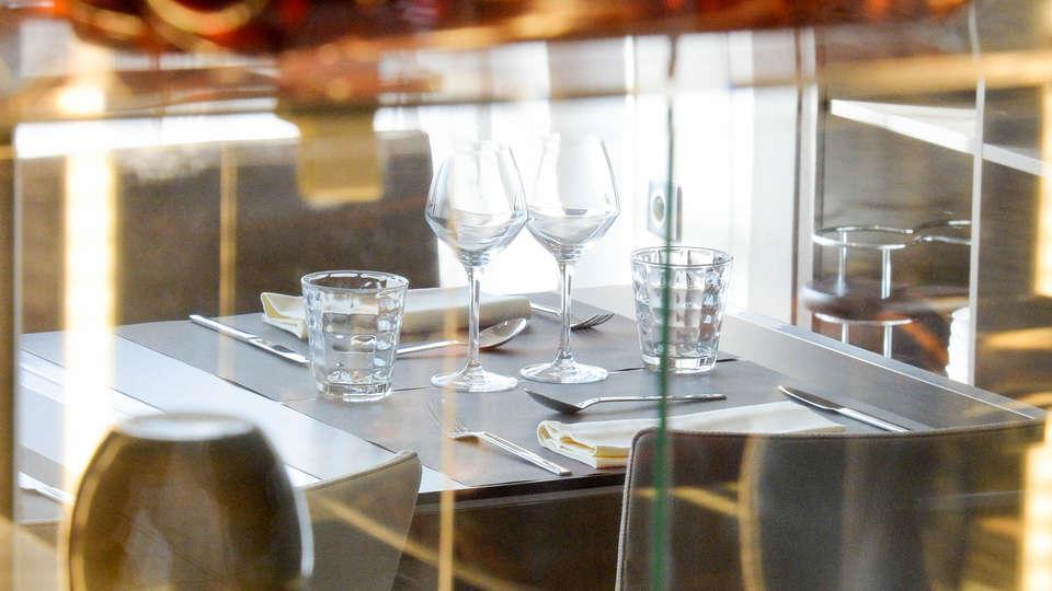 AC By Marriott Marseille Prado Velodrome - EDIT_Restaurant_5.jpg