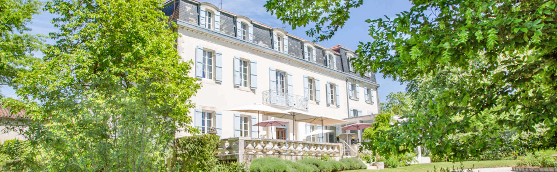 Château Bellevue  - EDIT_NEW_FRONT.jpg