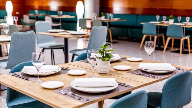 Escapada con cena gastronómica en el centro de Valencia