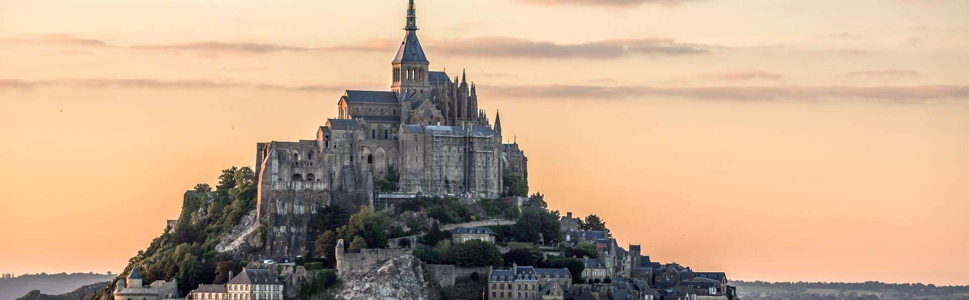 Ambiance intime au pied du Mont Saint-Michel