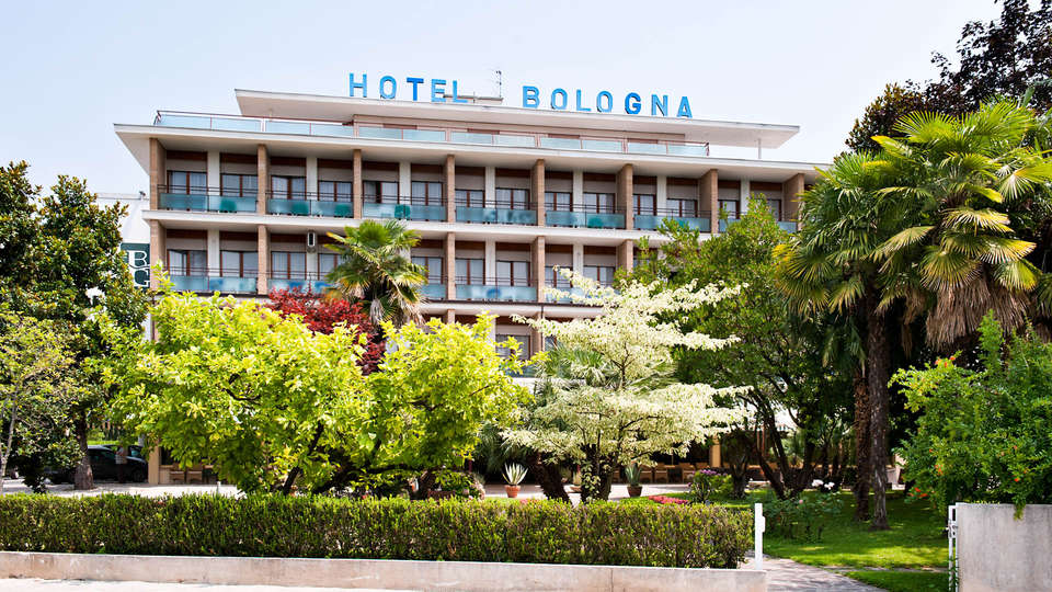 Hotel Terme Bologna - EDIT_FRONT.jpg