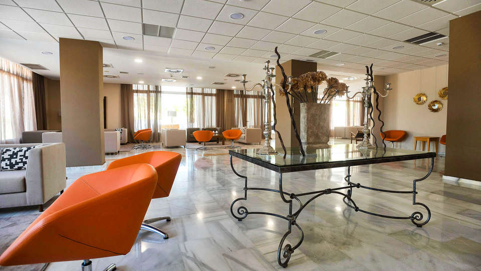 Hotel Alegria Costa Ballena - EDIT_LOOBY9.jpg