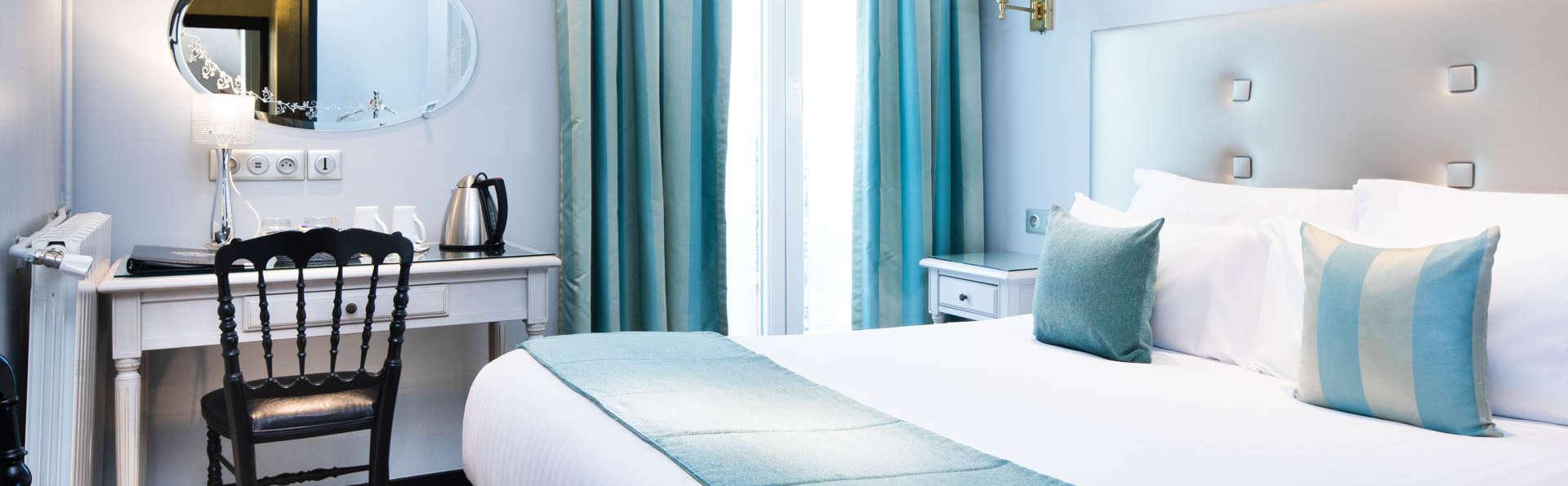 Hôtel Plaza Elysées - EDIT_ROOM1.jpg