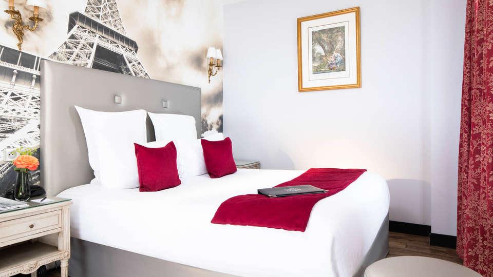 Hôtel Plaza Elysées - EDIT_ROOM13.jpg