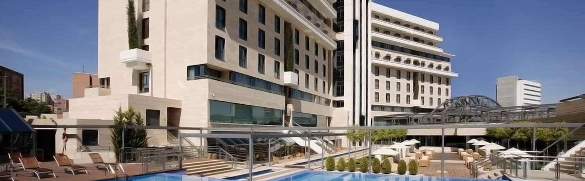 Escapada con desayuno incluido en un lujoso hotel cerca del centro de Murcia