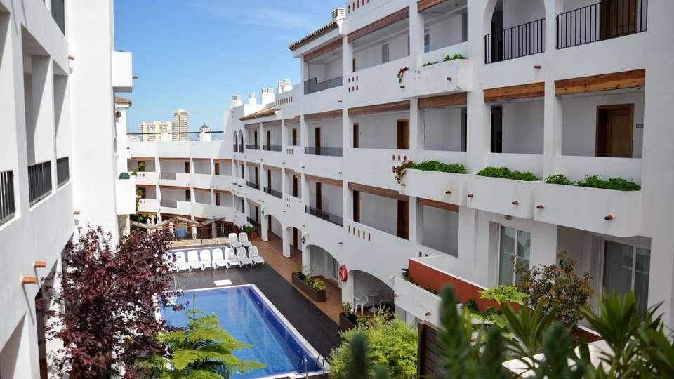 Hotel Apartamentos Puerto Mar - EDIT_POOL_03.jpg