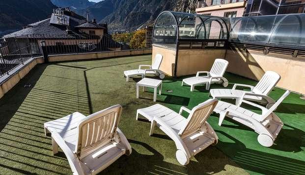 Media Pensión en el corazón de Andorra la Vella en habitación exterior