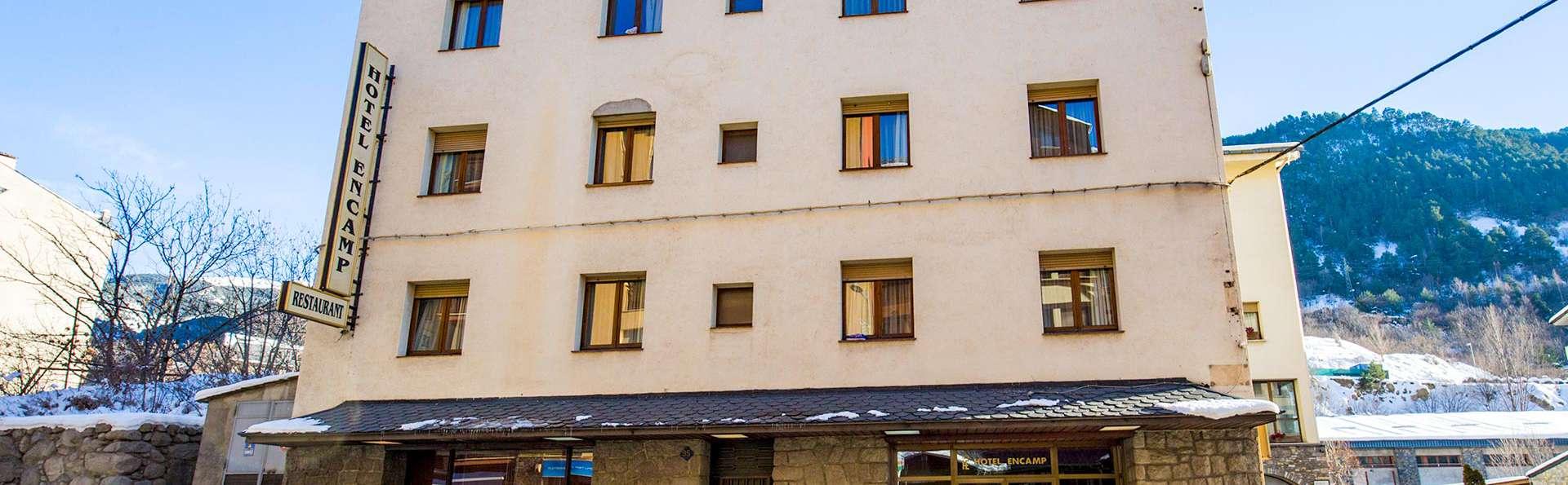 Hotel Encamp - EDIT_FRONT_02.jpg