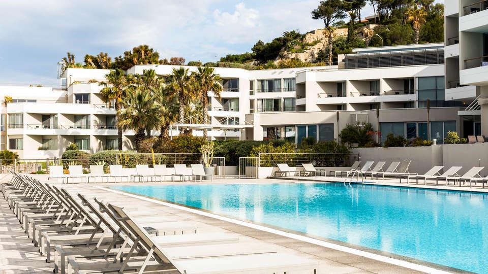 Nhow Marseille - EDIT_POOL2.jpg